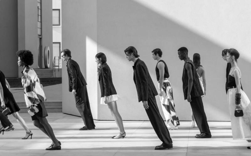 Atsuko Fujioka/IAM 2020ファッションは在り方La moda? Un modo di essere, secondo Fujioka.